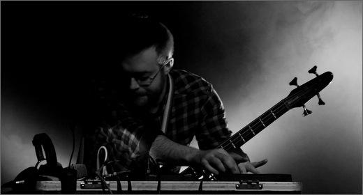 Joe Acheson in action (image by Yann Robert)